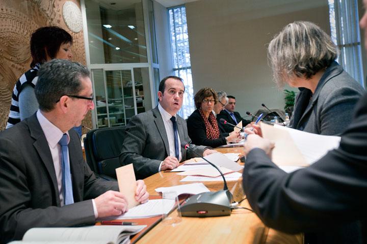 Election du nouveau président à l'hôel du département.Hervé Saulignac à l'assemblée.