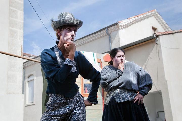 """7ème édition du Festival d'Alba. Spectacle """"Les sorcières"""" de la Compagnie """"La fugue publique""""."""